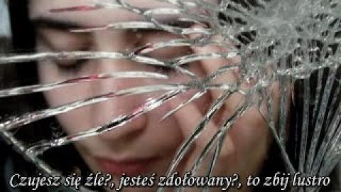 Ks. Piotr Pawlukiewicz - Czujesz się źle, jesteś zdołowany, to zbij lustro