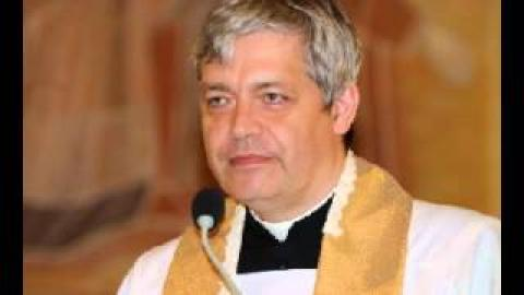 Ksiądz Piotr Pawlukiewicz - Przepisy drogowe, nieprzestrzeganie