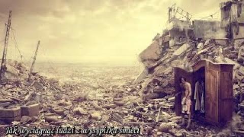 Ks. Piotr Pawlukiewicz - Jak wyciągnąć ludzi z wysypiska śmieci